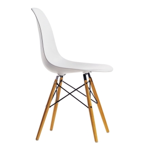 Chaise Eames DSW